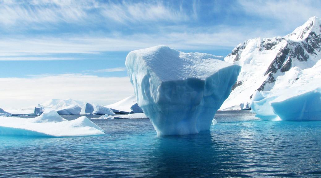 Arctic Online Background